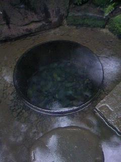 今日、加藤清正の井戸写真撮ったんで差しあげます。