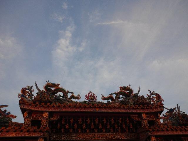 中華街の空は青く…
